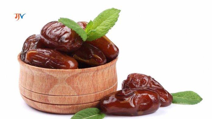 Benefits of eating dates in Marathi