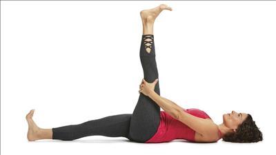 पादोठानासन योगा